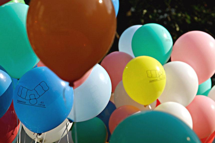 Stadtteiljubiläum. Luftballons 01